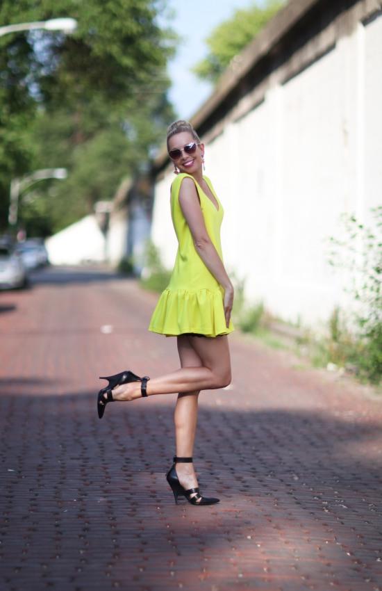 Miss renaissance Neon
