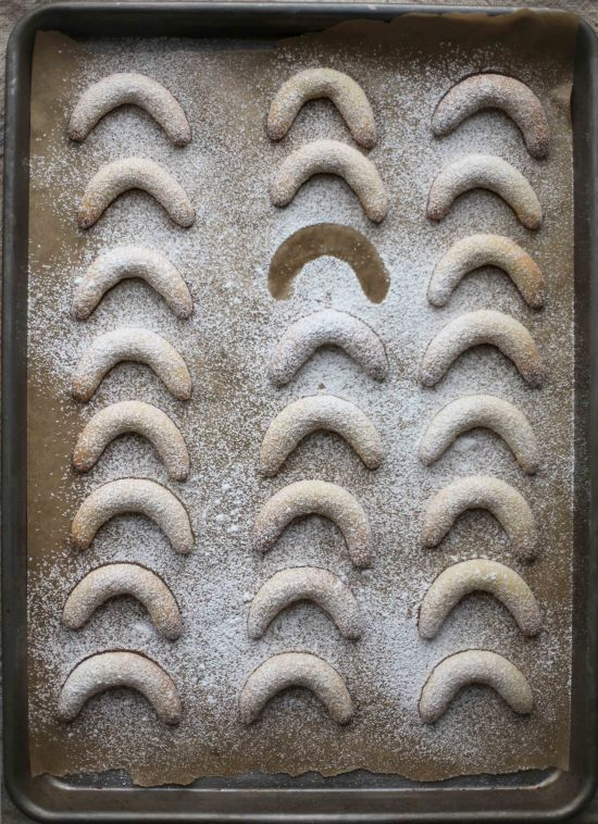 Miss Renaissance's Vanilla-Almond Moons